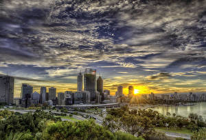 Картинки Австралия Небоскребы Дороги Рассвет и закат Небо Сидней Облака HDRI Города