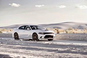 Картинка Dodge Стайлинг Белая Металлик 2015 Charger SRT Hellcat Автомобили