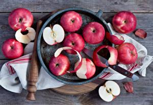 Картинки Фрукты Яблоки Ножик Продукты питания