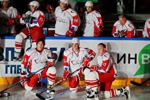 Обои Хоккей Мужчины Шлем Униформа Alexander Ovechkin