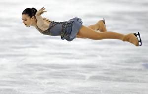 Фотография Брюнетка Униформа Колготки Лед Ноги Adelina Sotnikova Sochi 2014