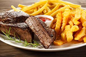 Фото Мясные продукты Картофель фри