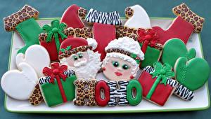 Фотографии Праздники Новый год Выпечка Печенье Дед Мороз Еда