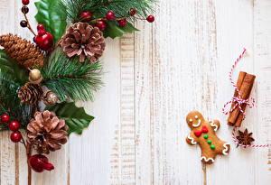 Картинка Праздники Новый год Печенье Ветки Шишки