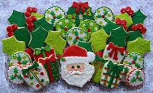 Обои Праздники Новый год Выпечка Печенье Дед Мороз Еда фото