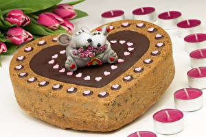 Фотографии Торты Сладости Мыши Тюльпаны Свечи День всех влюблённых Сердца Пища