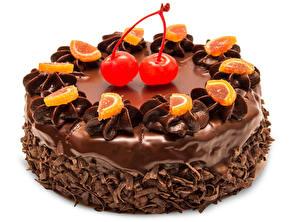 Обои Сладости Торты Шоколад Вишня Белом фоне Пища