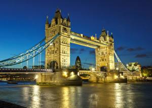 Фотографии Великобритания Речка Мосты Лондоне Уличные фонари В ночи