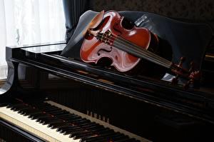 Картинка Музыкальные инструменты Скрипки Пианино