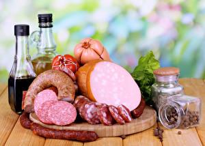Фотографии Мясные продукты Колбаса Приправы Еда