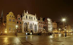 Фото Польша Дома Гданьск Улица Ночные Уличные фонари Города