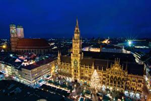 Фотографии Германия Дома Мюнхен Ночь Башня