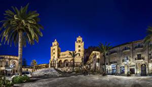Обои Италия Здания Сицилия Улиц Ночь Пальмы Cefalu Города