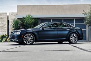 Картинка Chrysler Синие Роскошные Сбоку 2015 300 C