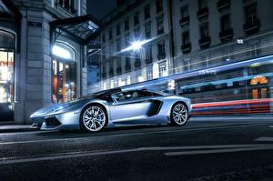 Фотография Lamborghini Сбоку Асфальт Люксовые Aventador, LP700-4 Машины