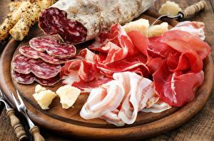 Фотография Мясные продукты Колбаса Ветчина Сало Еда