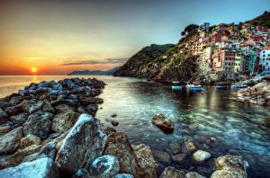 Фото Италия Рассветы и закаты Дома Камень Море Берег Чинкве-Терре парк Лигурия HDRI Города