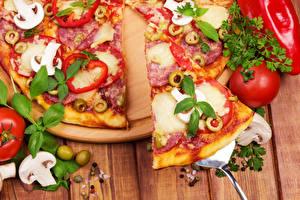 Фотография Быстрое питание Пицца Грибы Помидоры Вблизи Базилик душистый Еда