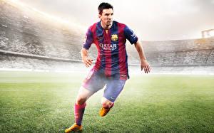 Обои Футбол FIFA Мужчины Lionel Messi Газон Подросток Electronic Arts Спорт