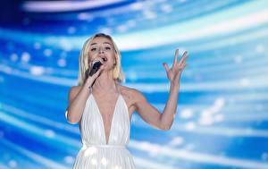 Фотографии Полина Гагарина Сергеевна Блондинка Eurovision 2015 Знаменитости Девушки