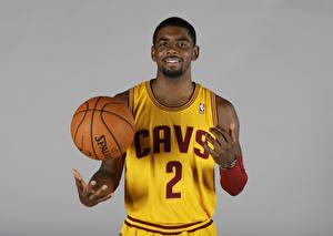 Фотография Баскетбол Мужчины Негр Мяч Улыбка cleveland cavaliers, Kyrie Irving Знаменитости Спорт