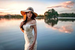 Фотография Рассветы и закаты Озеро Небо Шляпа Платья George Chernyad'ev девушка