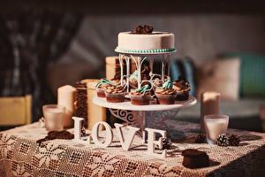 Картинка Сладости Торты Пирожное Свечи Еда