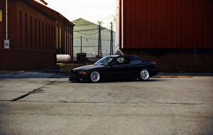 Картинки БМВ Черных Сбоку Асфальта E36 авто