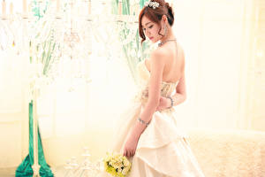 Фотографии Азиаты Шатенки Невесты Платье Девушки