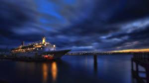 Картинка Корабли Круизный лайнер Причалы Небо Ночные HDR Города
