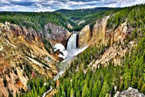 Обои Водопады Леса Реки Горы США Парки Деревья Йеллоустон HDR Природа фото