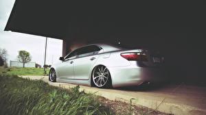 Картинка Lexus Сбоку Серебристый Трава ls600 Авто