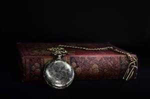 Обои Часы Ретро Крупным планом Карманные часы Книга