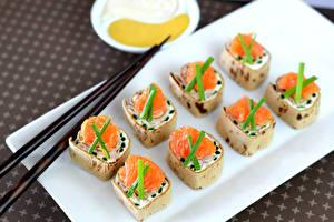 Картинка Морепродукты Суши Рыба Палочки для еды Еда