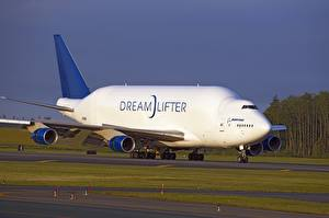 Картинки Самолеты Боинг Транспортный самолёт Boeing 747 Dreamlifter