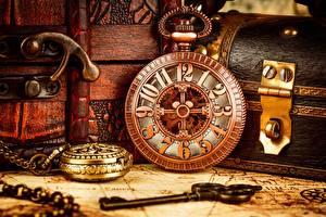 Картинки Часы Винтаж Крупным планом Карманные часы Замковый ключ