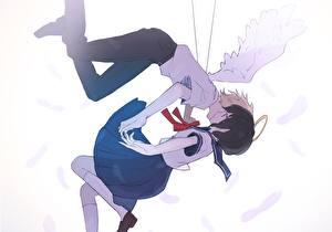 Картинки Ангелы Юноша Крылья Школьницы gomi chiri Девушки