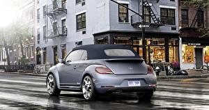 Картинка Фольксваген Стайлинг Серебристая Вид сзади 2015 Beetle Cabriolet Denim автомобиль