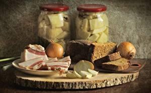 Обои Хлеб Лук репчатый Натюрморт Крупным планом Мясные продукты Сало Банка Еда