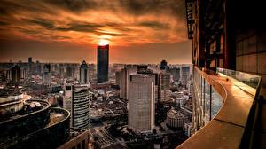Обои Шанхай Китай Рассвет и закат Небоскребы Здания Мегаполис Huangpu Города