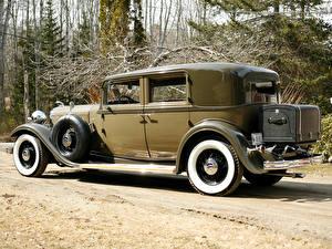 Фотографии Винтаж Lincoln Сбоку Седан Model KB 4-door Sedan 1932 Автомобили