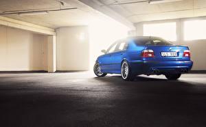 Фотографии BMW Вид сзади Синий Парковка E39 M5 Lemans blue авто