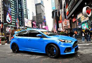 Фотография Дома Форд Сбоку Голубой Улице 2015 Focus RS US-spec автомобиль Города