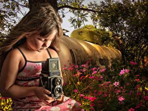 Картинки Старинные Девочки Фотоаппарат Русые Волосы Фотограф Дети