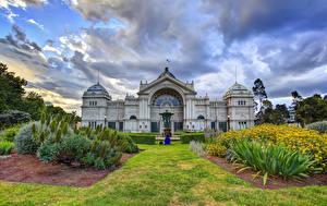 Фото Австралия Небо Сады Мельбурн Дворца Газоне Облака Кусты Природа