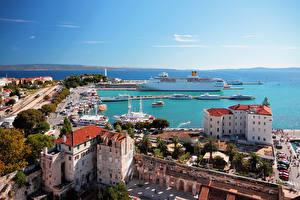 Обои Хорватия Дома Причалы Круизный лайнер Сплит (город) Города