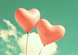Фото Небо Воздушные шарики Двое Сердечко