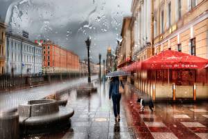 Картинки Санкт-Петербург Дождь Здания Россия Улица Зонт Капли Города Девушки