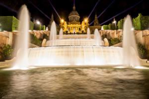 Картинка Испания Фонтаны Дворец Ночь Барселона Города