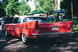 Картинка Крайслер Ретро Сзади Красных Chrysler Windsor 1957-1958 авто